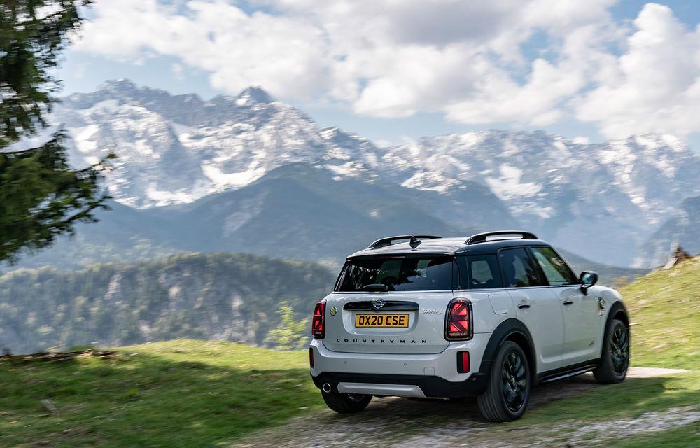 Mini Countryman facelift a fost prezentat oficial: britanicii propun îmbunătățiri exterioare, accesorii noi de interior și versiune plug-in hybrid cu autonomie electrică de până la 61 de kilometri - Poza 111