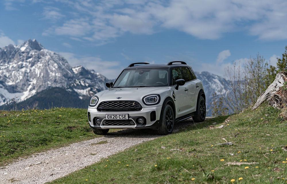 Mini Countryman facelift a fost prezentat oficial: britanicii propun îmbunătățiri exterioare, accesorii noi de interior și versiune plug-in hybrid cu autonomie electrică de până la 61 de kilometri - Poza 99
