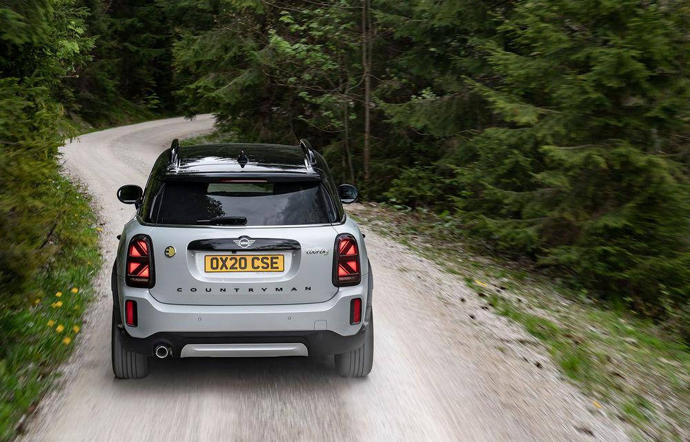 Mini Countryman facelift a fost prezentat oficial: britanicii propun îmbunătățiri exterioare, accesorii noi de interior și versiune plug-in hybrid cu autonomie electrică de până la 61 de kilometri - Poza 94