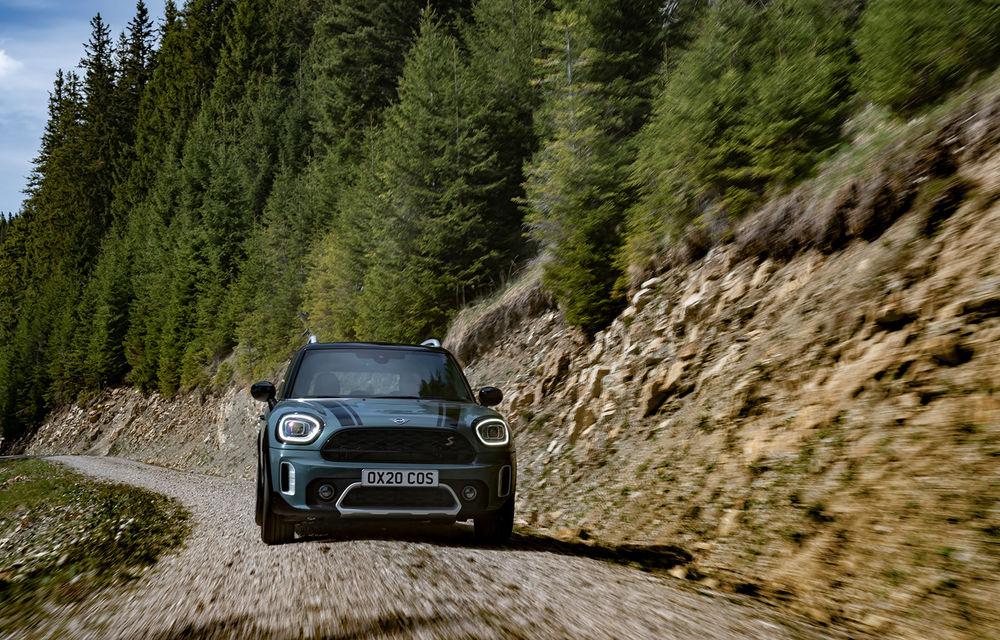 Mini Countryman facelift a fost prezentat oficial: britanicii propun îmbunătățiri exterioare, accesorii noi de interior și versiune plug-in hybrid cu autonomie electrică de până la 61 de kilometri - Poza 44