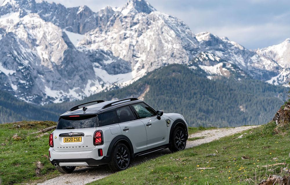 Mini Countryman facelift a fost prezentat oficial: britanicii propun îmbunătățiri exterioare, accesorii noi de interior și versiune plug-in hybrid cu autonomie electrică de până la 61 de kilometri - Poza 115