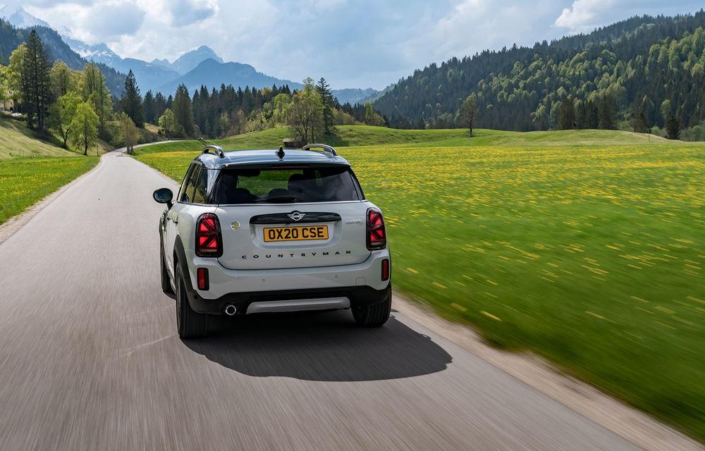 Mini Countryman facelift a fost prezentat oficial: britanicii propun îmbunătățiri exterioare, accesorii noi de interior și versiune plug-in hybrid cu autonomie electrică de până la 61 de kilometri - Poza 106