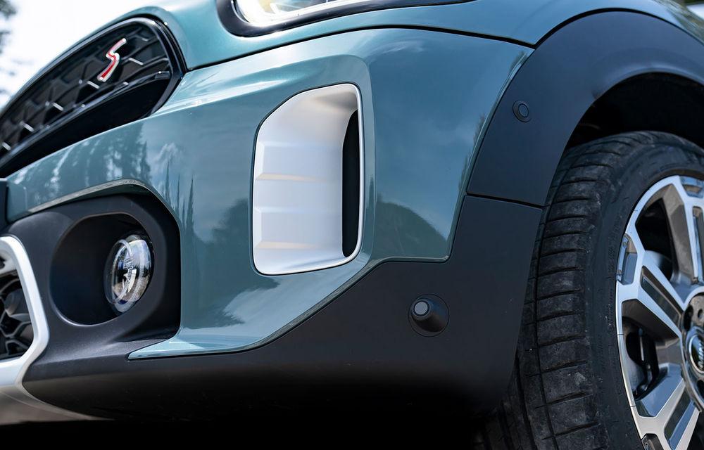 Mini Countryman facelift a fost prezentat oficial: britanicii propun îmbunătățiri exterioare, accesorii noi de interior și versiune plug-in hybrid cu autonomie electrică de până la 61 de kilometri - Poza 77