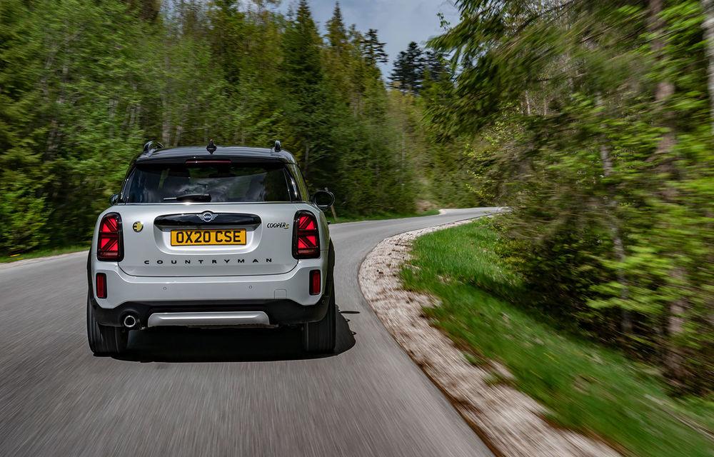 Mini Countryman facelift a fost prezentat oficial: britanicii propun îmbunătățiri exterioare, accesorii noi de interior și versiune plug-in hybrid cu autonomie electrică de până la 61 de kilometri - Poza 104