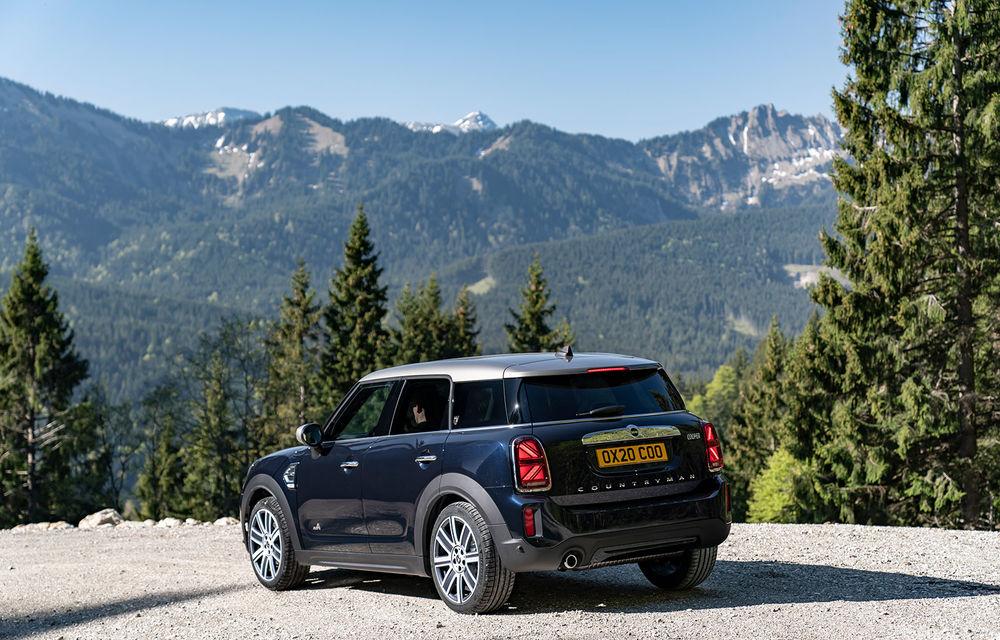 Mini Countryman facelift a fost prezentat oficial: britanicii propun îmbunătățiri exterioare, accesorii noi de interior și versiune plug-in hybrid cu autonomie electrică de până la 61 de kilometri - Poza 22