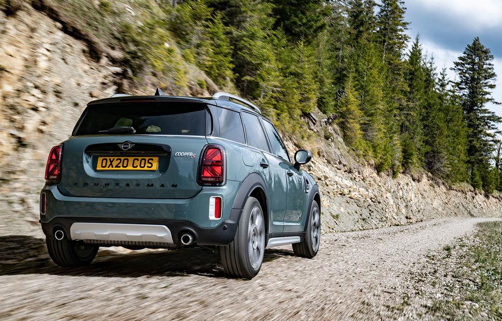 Mini Countryman facelift a fost prezentat oficial: britanicii propun îmbunătățiri exterioare, accesorii noi de interior și versiune plug-in hybrid cu autonomie electrică de până la 61 de kilometri - Poza 52