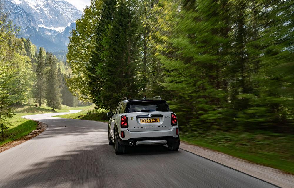 Mini Countryman facelift a fost prezentat oficial: britanicii propun îmbunătățiri exterioare, accesorii noi de interior și versiune plug-in hybrid cu autonomie electrică de până la 61 de kilometri - Poza 105