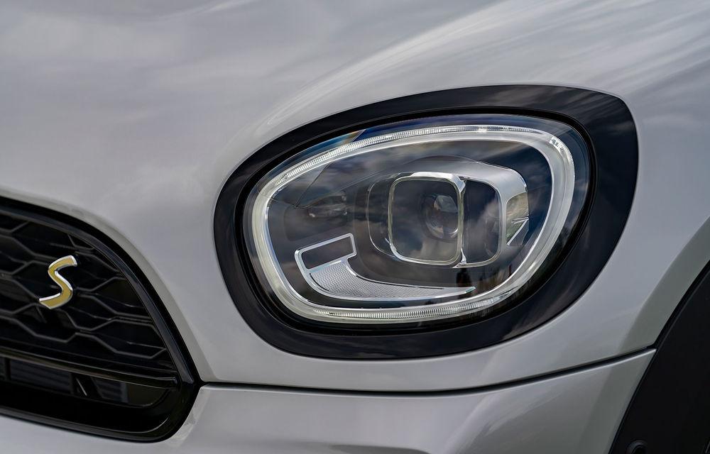 Mini Countryman facelift a fost prezentat oficial: britanicii propun îmbunătățiri exterioare, accesorii noi de interior și versiune plug-in hybrid cu autonomie electrică de până la 61 de kilometri - Poza 120