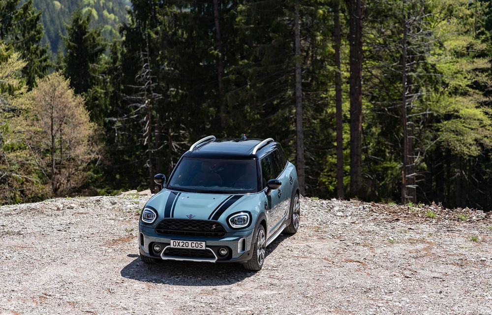 Mini Countryman facelift a fost prezentat oficial: britanicii propun îmbunătățiri exterioare, accesorii noi de interior și versiune plug-in hybrid cu autonomie electrică de până la 61 de kilometri - Poza 60