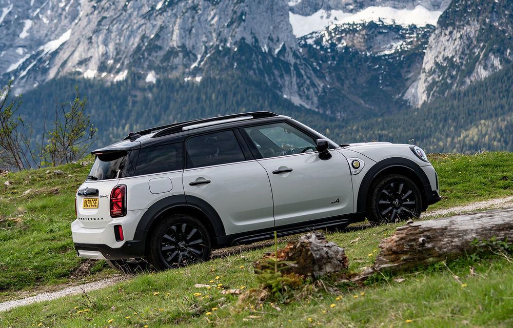 Mini Countryman facelift a fost prezentat oficial: britanicii propun îmbunătățiri exterioare, accesorii noi de interior și versiune plug-in hybrid cu autonomie electrică de până la 61 de kilometri - Poza 118