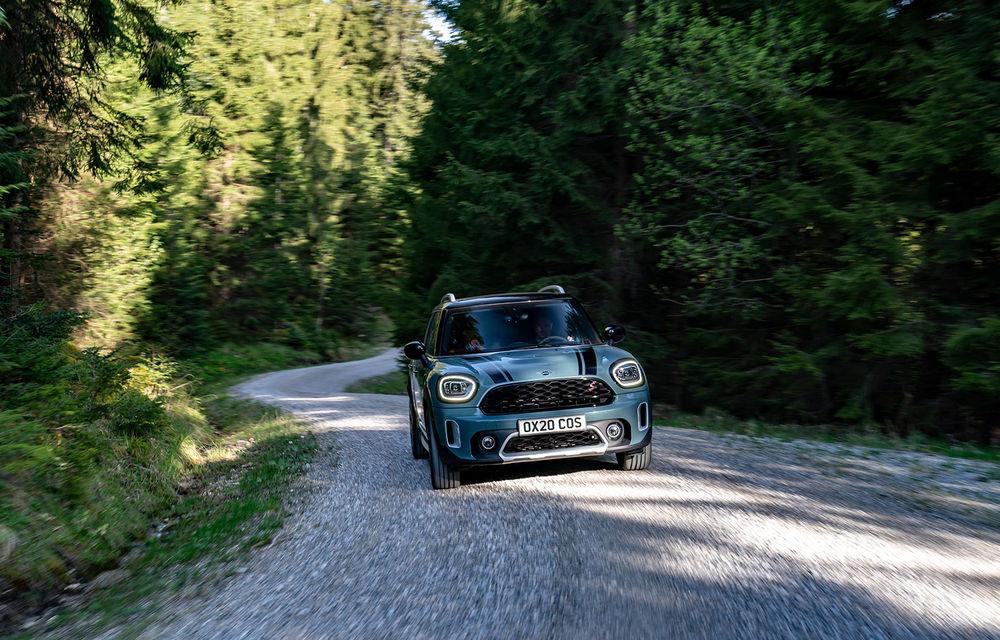 Mini Countryman facelift a fost prezentat oficial: britanicii propun îmbunătățiri exterioare, accesorii noi de interior și versiune plug-in hybrid cu autonomie electrică de până la 61 de kilometri - Poza 40