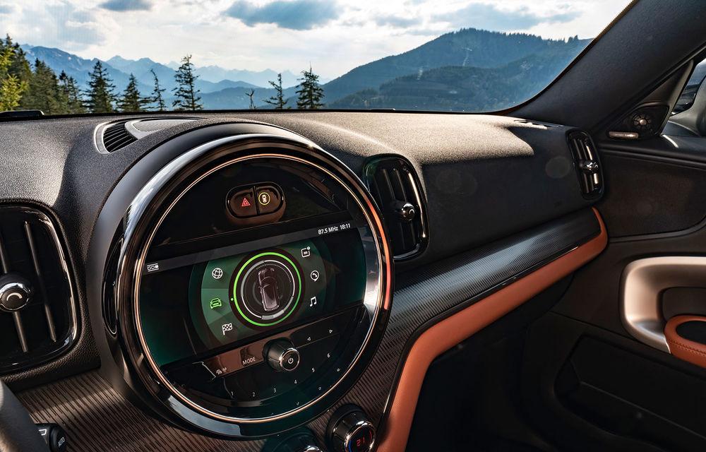 Mini Countryman facelift a fost prezentat oficial: britanicii propun îmbunătățiri exterioare, accesorii noi de interior și versiune plug-in hybrid cu autonomie electrică de până la 61 de kilometri - Poza 85