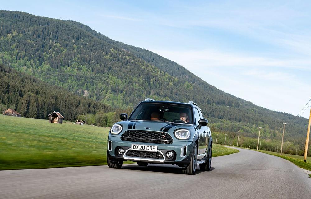 Mini Countryman facelift a fost prezentat oficial: britanicii propun îmbunătățiri exterioare, accesorii noi de interior și versiune plug-in hybrid cu autonomie electrică de până la 61 de kilometri - Poza 36
