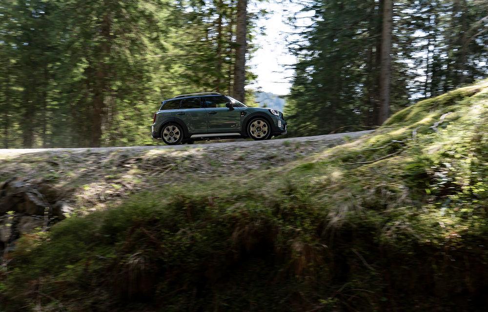 Mini Countryman facelift a fost prezentat oficial: britanicii propun îmbunătățiri exterioare, accesorii noi de interior și versiune plug-in hybrid cu autonomie electrică de până la 61 de kilometri - Poza 54