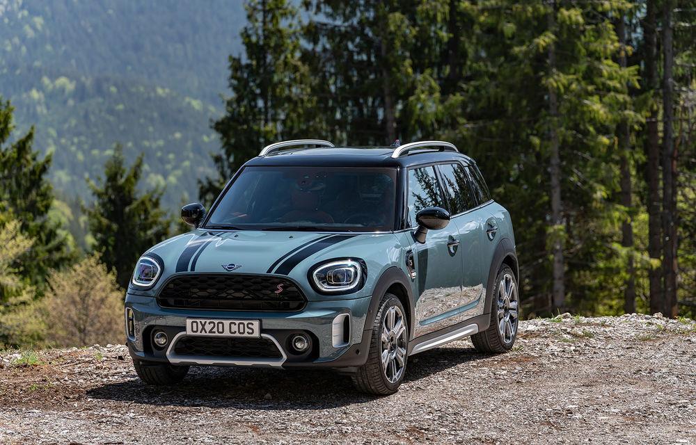 Mini Countryman facelift a fost prezentat oficial: britanicii propun îmbunătățiri exterioare, accesorii noi de interior și versiune plug-in hybrid cu autonomie electrică de până la 61 de kilometri - Poza 61