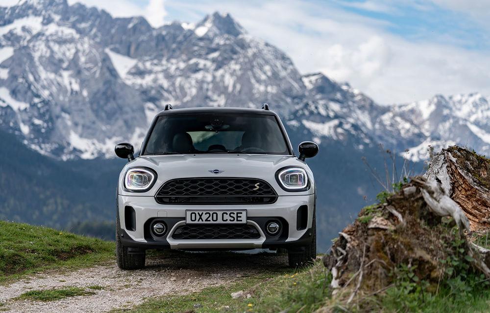 Mini Countryman facelift a fost prezentat oficial: britanicii propun îmbunătățiri exterioare, accesorii noi de interior și versiune plug-in hybrid cu autonomie electrică de până la 61 de kilometri - Poza 114
