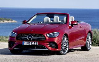 Mercedes-Benz prezintă Clasa E Coupe și Cabriolet facelift: ecrane de 12.3 inch la interior și motorizări mild-hybrid de până la 367 CP