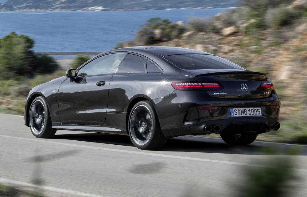 Mercedes-Benz prezintă Clasa E Coupe și Cabriolet facelift: ecrane de 12.3 inch la interior și motorizări mild-hybrid de până la 367 CP - Poza 37