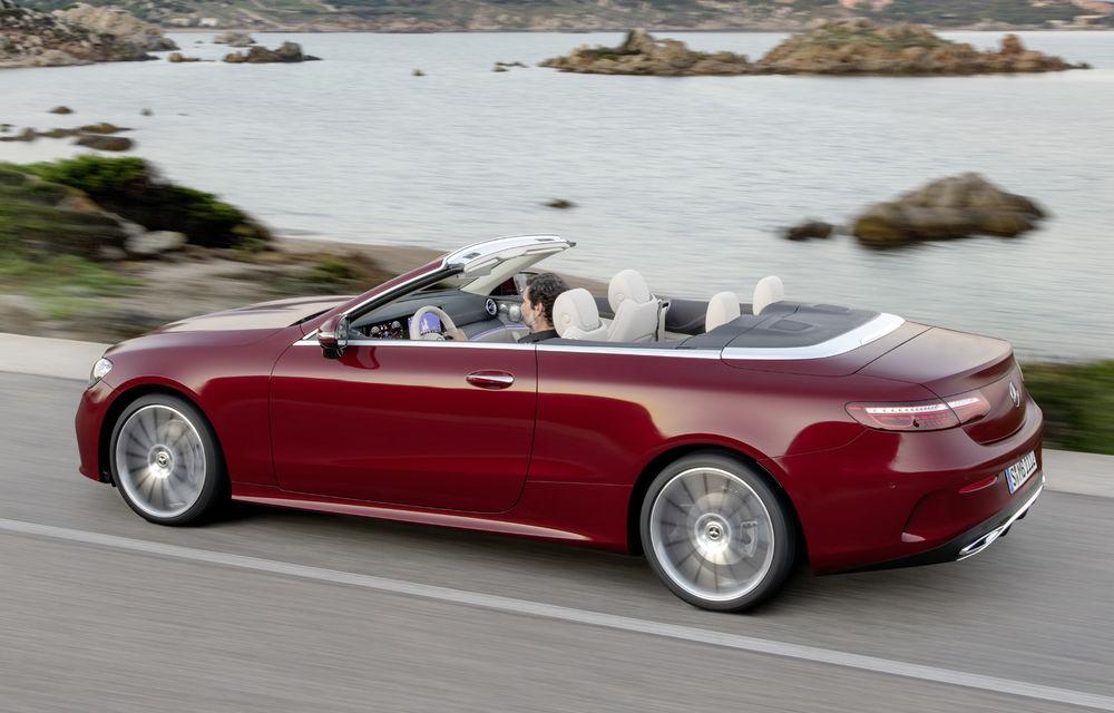 Mercedes-Benz prezintă Clasa E Coupe și Cabriolet facelift: ecrane de 12.3 inch la interior și motorizări mild-hybrid de până la 367 CP - Poza 15