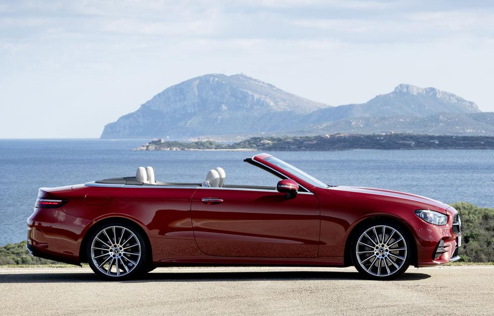 Mercedes-Benz prezintă Clasa E Coupe și Cabriolet facelift: ecrane de 12.3 inch la interior și motorizări mild-hybrid de până la 367 CP - Poza 11