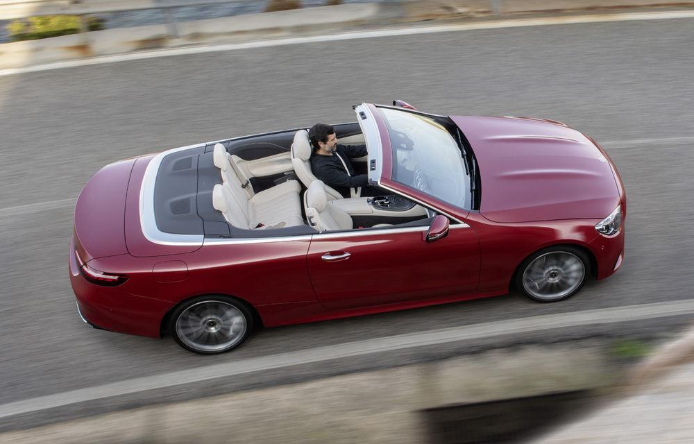 Mercedes-Benz prezintă Clasa E Coupe și Cabriolet facelift: ecrane de 12.3 inch la interior și motorizări mild-hybrid de până la 367 CP - Poza 23