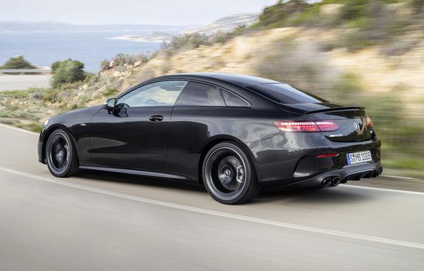 Mercedes-Benz prezintă Clasa E Coupe și Cabriolet facelift: ecrane de 12.3 inch la interior și motorizări mild-hybrid de până la 367 CP - Poza 31