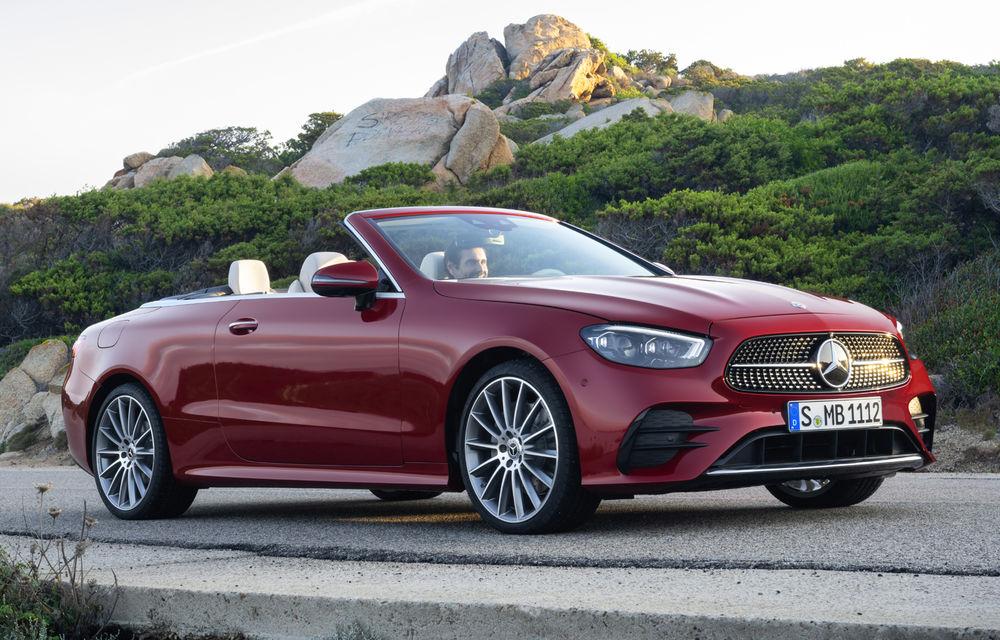 Mercedes-Benz prezintă Clasa E Coupe și Cabriolet facelift: ecrane de 12.3 inch la interior și motorizări mild-hybrid de până la 367 CP - Poza 17