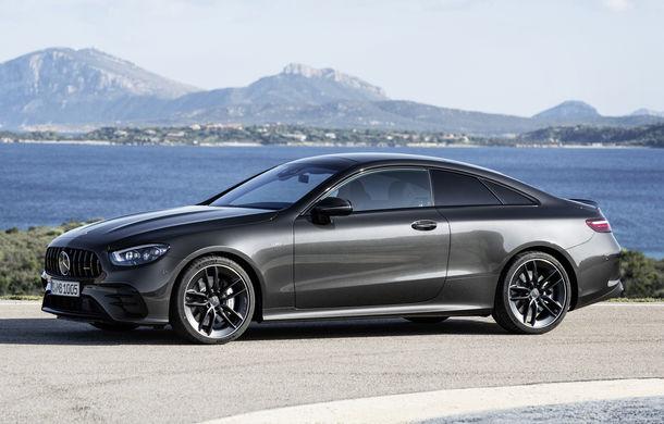 Mercedes-Benz prezintă Clasa E Coupe și Cabriolet facelift: ecrane de 12.3 inch la interior și motorizări mild-hybrid de până la 367 CP - Poza 49