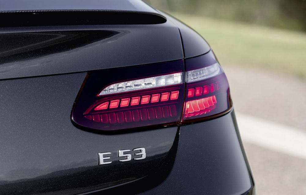 Mercedes-Benz prezintă Clasa E Coupe și Cabriolet facelift: ecrane de 12.3 inch la interior și motorizări mild-hybrid de până la 367 CP - Poza 61