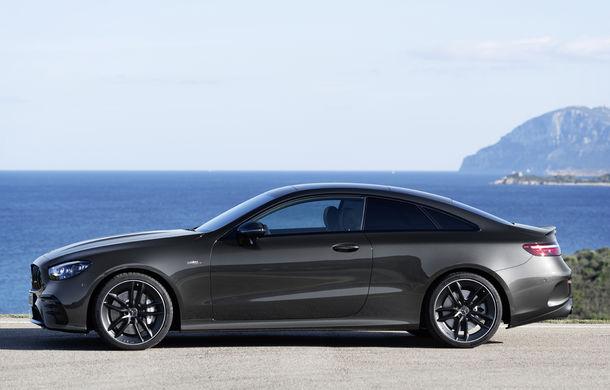 Mercedes-Benz prezintă Clasa E Coupe și Cabriolet facelift: ecrane de 12.3 inch la interior și motorizări mild-hybrid de până la 367 CP - Poza 53