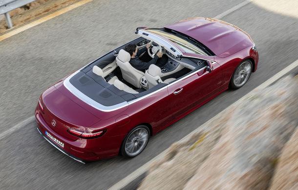 Mercedes-Benz prezintă Clasa E Coupe și Cabriolet facelift: ecrane de 12.3 inch la interior și motorizări mild-hybrid de până la 367 CP - Poza 25