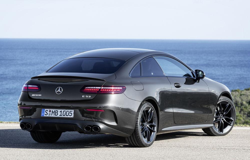 Mercedes-Benz prezintă Clasa E Coupe și Cabriolet facelift: ecrane de 12.3 inch la interior și motorizări mild-hybrid de până la 367 CP - Poza 51