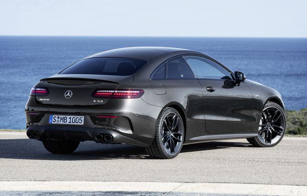Mercedes-Benz prezintă Clasa E Coupe și Cabriolet facelift: ecrane de 12.3 inch la interior și motorizări mild-hybrid de până la 367 CP - Poza 50
