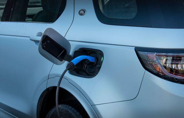 Prețuri pentru Land Rover Discovery Sport plug-in hybrid: de la 50.000 de euro pentru o autonomie electrică de 66 de kilometri - Poza 12