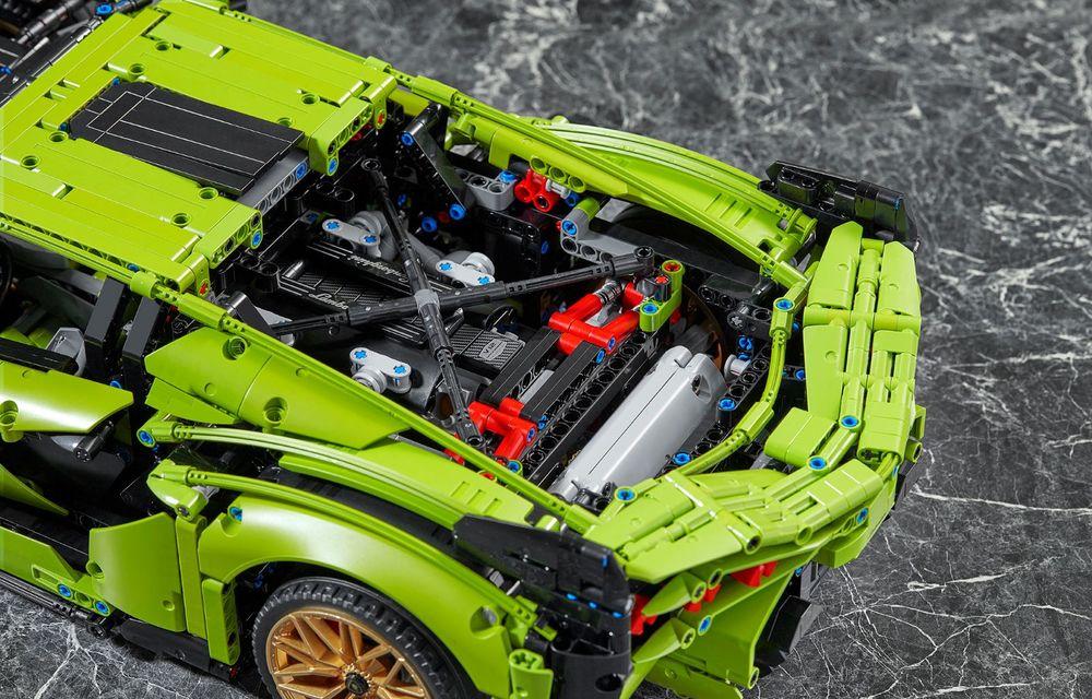 Pentru copilul din tine: Lego a pregătit un Lamborghini Sian din aproape 3.700 de piese - Poza 10