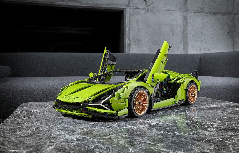 Pentru copilul din tine: Lego a pregătit un Lamborghini Sian din aproape 3.700 de piese - Poza 1