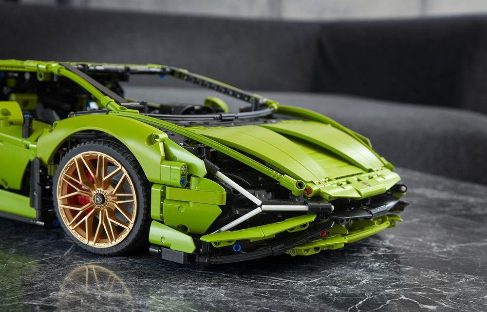 Pentru copilul din tine: Lego a pregătit un Lamborghini Sian din aproape 3.700 de piese - Poza 12