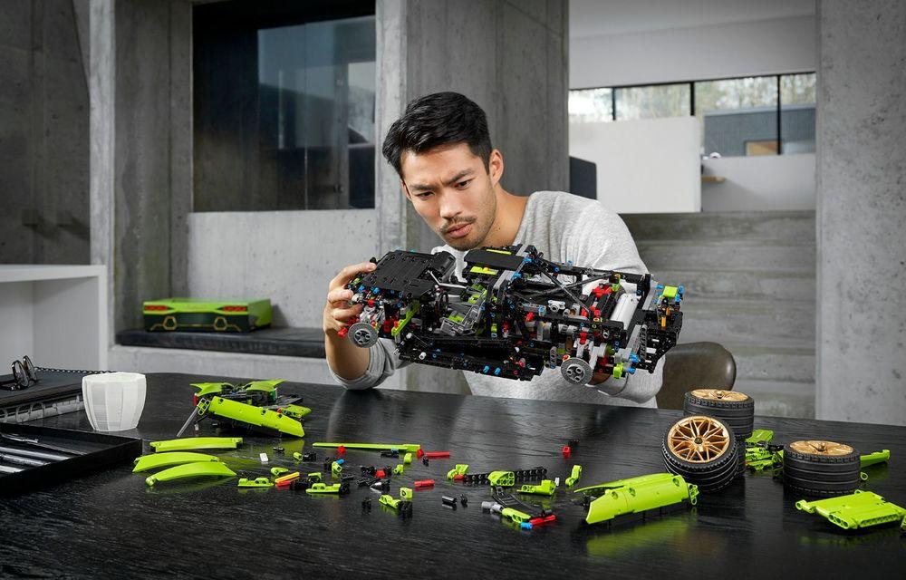 Pentru copilul din tine: Lego a pregătit un Lamborghini Sian din aproape 3.700 de piese - Poza 7