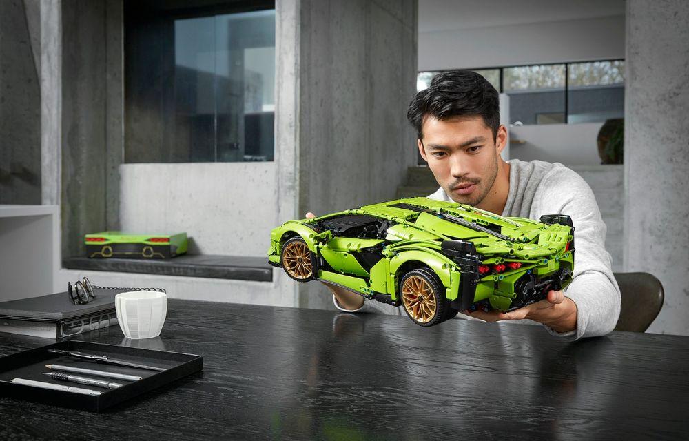 Pentru copilul din tine: Lego a pregătit un Lamborghini Sian din aproape 3.700 de piese - Poza 5