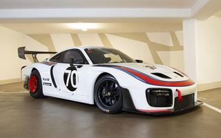 Update: Unul dintre exemplarele noului Porsche 935 a fost scos la licitație: mașina s-a vândut cu 1.32 de milioane de euro