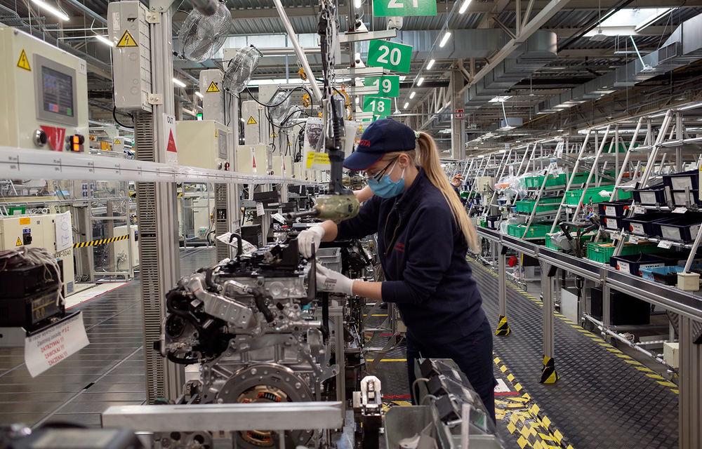 Toyota a demarat producția noului motor pe benzină de 1.5 litri la uzina din Polonia: propulsorul este parte componentă a sistemului hibrid folosit pe Yaris și Yaris Cross - Poza 1