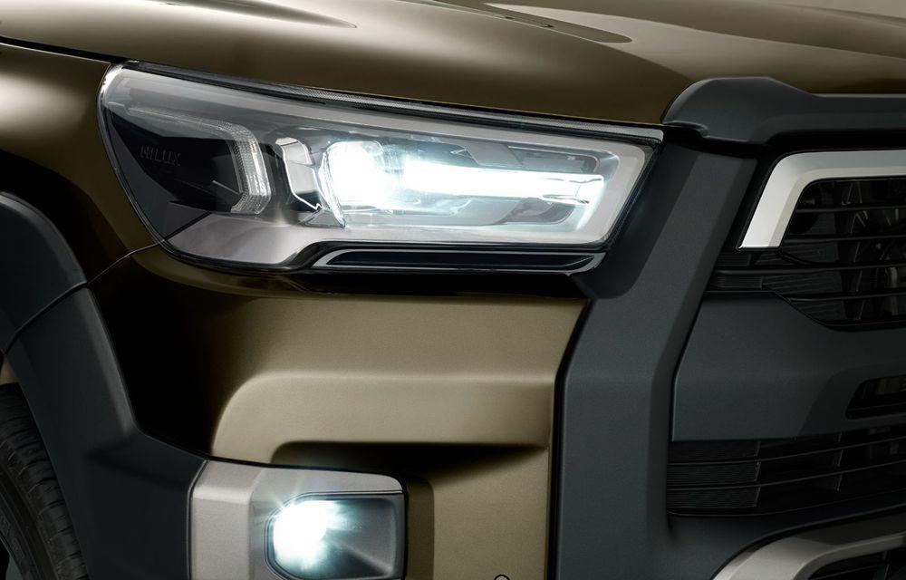 Toyota lansează Hilux facelift: modificări estetice, suspensii îmbunătățite și un nou motor diesel de 2.8 litri cu 204 CP - Poza 11