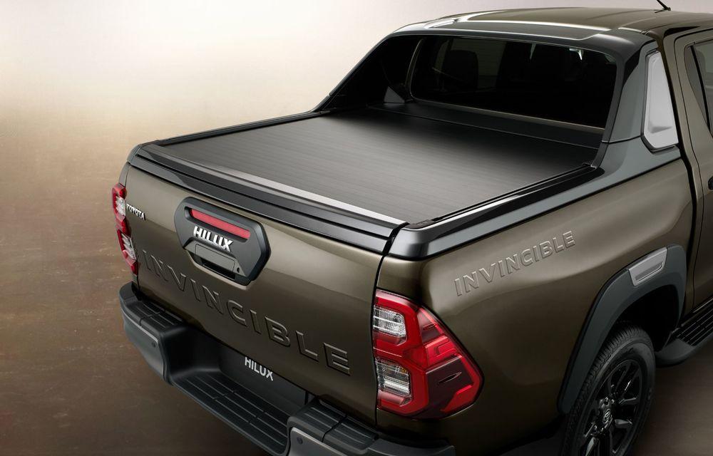 Toyota lansează Hilux facelift: modificări estetice, suspensii îmbunătățite și un nou motor diesel de 2.8 litri cu 204 CP - Poza 7