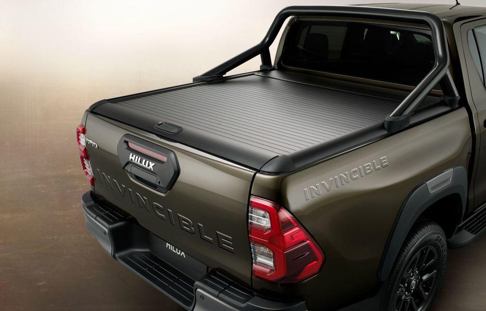Toyota lansează Hilux facelift: modificări estetice, suspensii îmbunătățite și un nou motor diesel de 2.8 litri cu 204 CP - Poza 17
