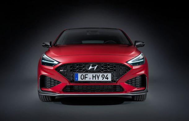Hyundai i30 facelift este disponibil în România: prețurile pornesc de la peste 18.300 de euro. Promoțiile curente vin cu reduceri de 3.900 de euro - Poza 2