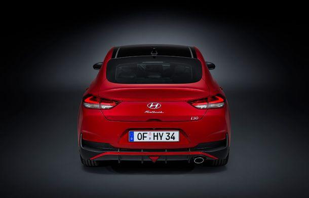 Hyundai i30 facelift este disponibil în România: prețurile pornesc de la peste 18.300 de euro. Promoțiile curente vin cu reduceri de 3.900 de euro - Poza 15