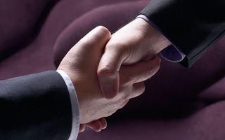 Acord oficial între Volkswagen și Ford: proiecte comune privind dezvoltarea de mașini electrice, vehicule comerciale și tehnologii autonome