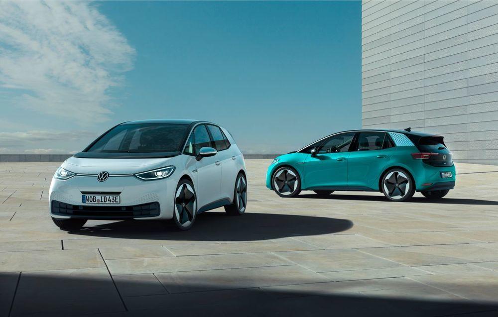 Livrările lui Volkswagen ID.3 încep în septembrie: primii clienți nu vor putea utiliza inițial App Connect și o funcție a sistemului Head-Up Display - Poza 1