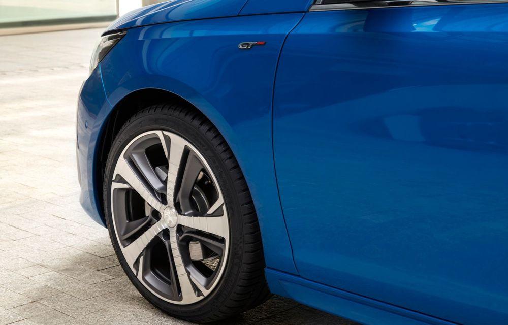 Îmbunătățiri pentru actualul Peugeot 308 facelift: culoare nouă de caroserie și instrumentar digital de bord de 10 inch - Poza 11
