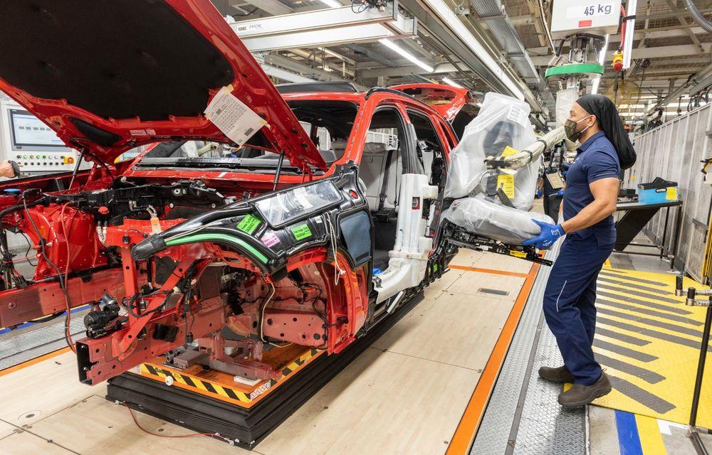 Sărbătoare la BMW: 5 milioane de mașini asamblate în uzina din Spartanburg, SUA - Poza 2